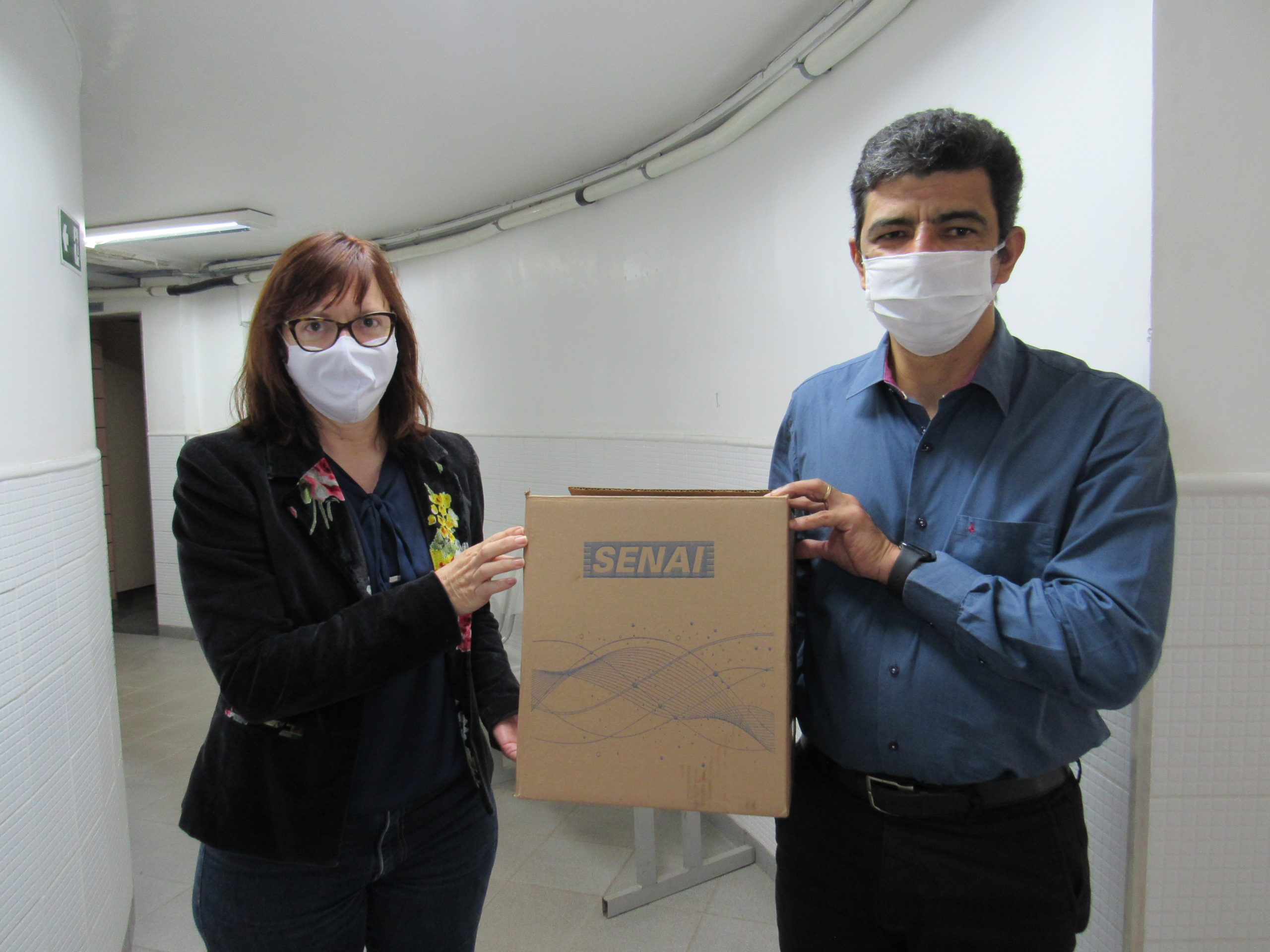 Intersind e Fiemg doam máscaras para hospitais de Ubá